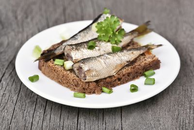 <strong>Oily fish/ Sardines (52 cents per 100 grams)</strong>