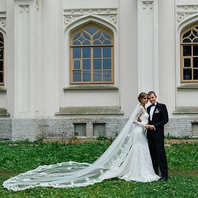 <strong>Who:</strong> Victoria's Secret angel Kate Grigorieva married longtime boyfriend Alexander<br /><strong>Dress:</strong> Zac Posen<br /><strong>Where:</strong> St. Petersburg, Russia