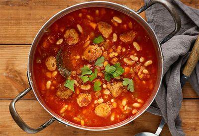 "<a href=""http://kitchen.nine.com.au/2016/05/20/09/58/cassoulet-style-sausage-and-bean-soup"" target=""_top"">Cassoulet style sausage and bean soup</a>"