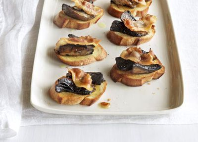 "<a href=""http://kitchen.nine.com.au/2016/05/17/12/03/grilled-guanciale-and-mushroom-bruschetta"" target=""_top"">Grilled guanciale and mushroom bruschetta</a>"