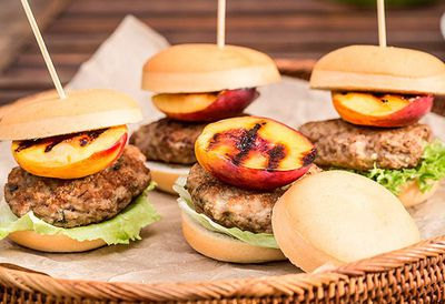 "<a href=""http://kitchen.nine.com.au/2016/05/05/09/49/pork-and-nectarine-sliders"" target=""_top"">Pork and nectarine sliders</a>"