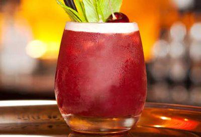 Rum pomegranate cocktail
