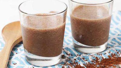 <strong>Mocha madness breakfast smoothie</strong>