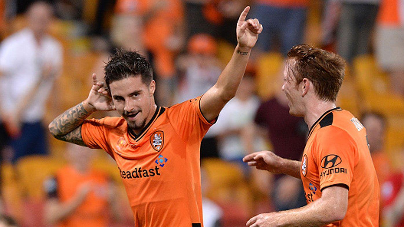 Roar destroy Victory in A-League
