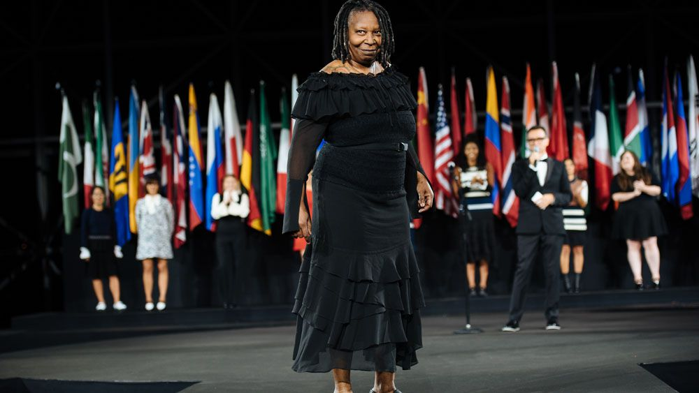 Making Whoopi Goldberg a fashionista