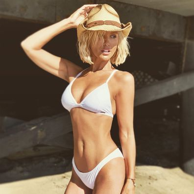 Nicky Whelan, bikini, photo, Instagram, beach