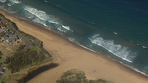 A man has drowned at a popular swimming spot south of Sydney's Royal National Park.
