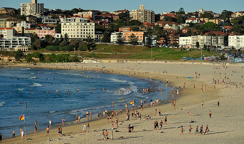 The report found wealthy homeowners in well-to-do suburbs, such as Bondi in Sydney's east, are among those at most risk of mortgage stress. (AAP)