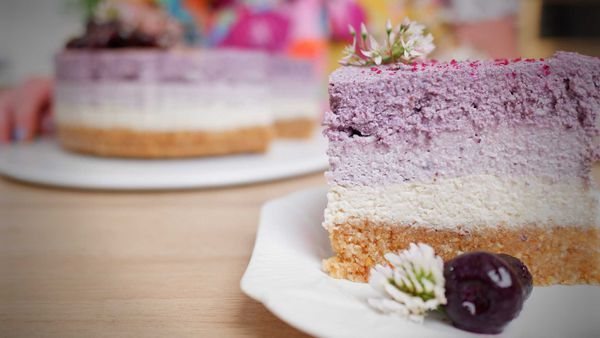 9Honey Every Day Kitchen: In stunning shades of purple, this is a vegan 'cheesecake'