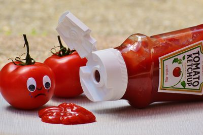 <strong>Polish your silver with tomato sauce</strong>