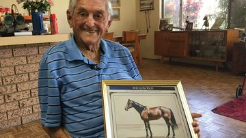 'Nobody knows who I am': 93-year-old Melbourne Cup-winning jockey