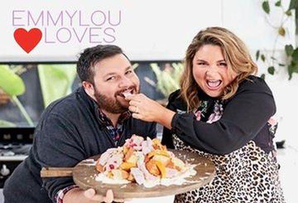 Emmylou Loves