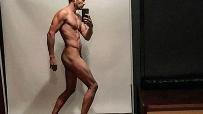 Jason Dundas' naked selfie disappears after just a few hours (but why?)