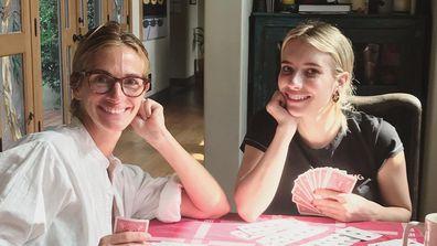 Julia Roberts and Emma Roberts playing cards