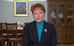 Decision to keep Queensland borders closed 'unconstitutional', Pauline Hanson says
