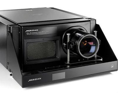 Meridian 810 projector