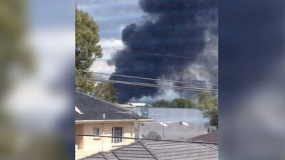 Homeowners across the city could see the fire's smoke spread. (Amour El)