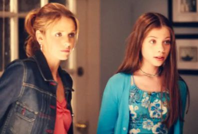 Sarah Michelle Gellar (left) and Michelle Trachtenberg on Buffy the Vampire Slayer.