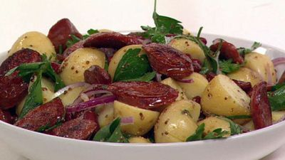 "Recipe: <a href=""http://kitchen.nine.com.au/2016/05/17/14/20/warm-chorizo-and-potato-salad"" target=""_top"">Warm chorizo and potato salad</a>"