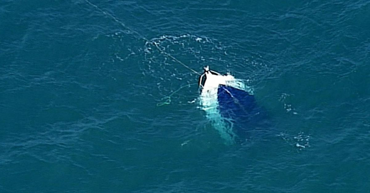 Fisherman swim to island survive 16 hours after boat capsizes off SA coast – 9News