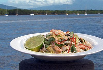 Vietnamese prawn and papaya salad
