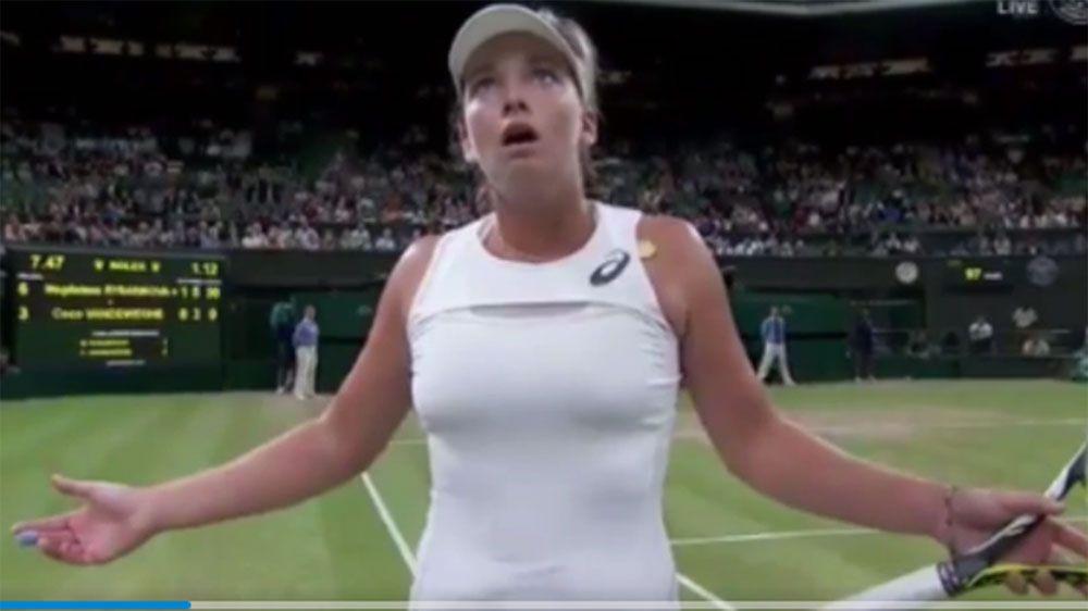 American Coco Vandeweghe loses it at umpire during Wimbledon loss