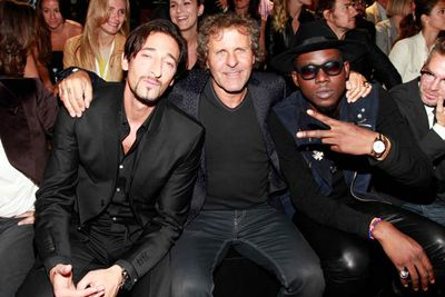 Super stylish Adrien Brody is keeping ahead of the trends.