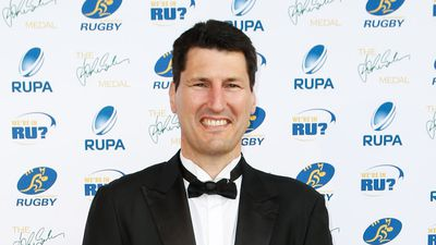John Eales statue at Suncorp Stadium ruffles a few rugby league feathers