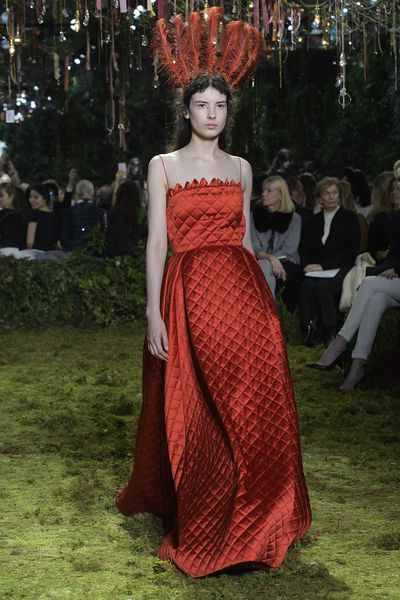 <p>Christian Dior Haute Couture Spring 2017.</p> <p>Ruby red. A colour fit for a fairy tale queen. </p>