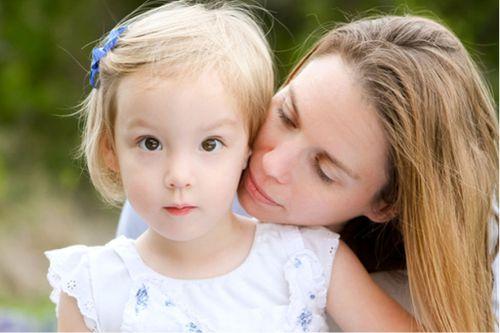 Miranda Todd with her daughter Ellie. (Supplied)