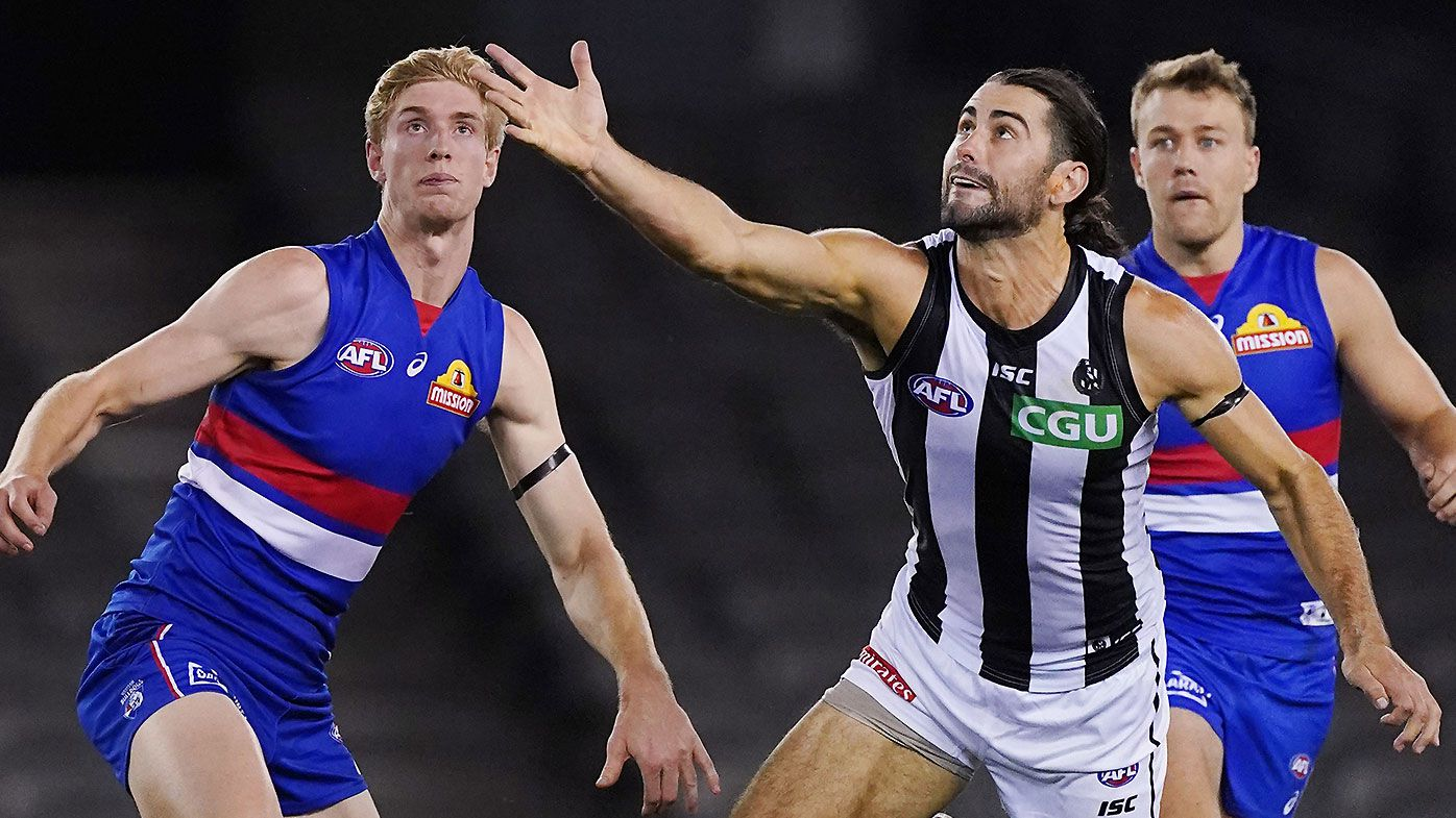 'Frightening' Brodie Grundy dismantles Tim English as Collingwood dominate Western Bulldogs in opener