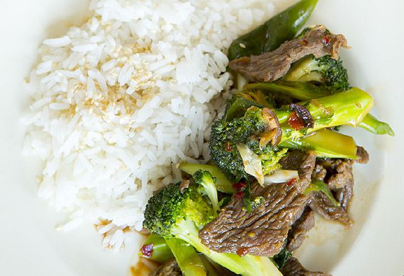 Beef and broccoli stir-fry with sesame rice