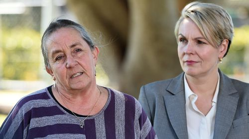 Karen Willis (left) with deputy Labor leader Tanya Plibersek.