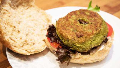"<a href=""http://kitchen.nine.com.au/2016/10/19/07/12/edible-bug-shops-cricket-burger"" target=""_top"">Edible Bug Shop's Bug Mac burger</a>"