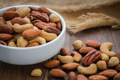 <strong>Nuts</strong>