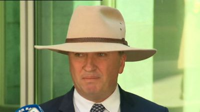 Broad calls on Joyce to resign as leader