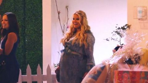 Jessica Simpson finally gave birth … and it's enormous!