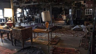 <p>Authorities have said they fear the death toll could climb to 40 as they search the remnants of the converted two-storey warehouse, near San Francisco in the city of Oakland.</p>
