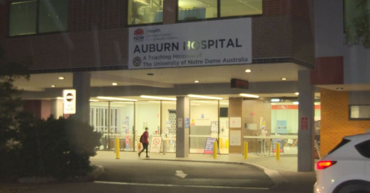 Nurse injured as stray bullet from nearby shooting hits Auburn Hospital – 9News