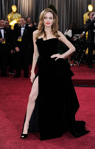 <p><strong>Angelina Jolie 1</strong></p> <p>The most famous leg pose from Angelina Jolie at the 2012 Oscars in Atelier Versace.</p>
