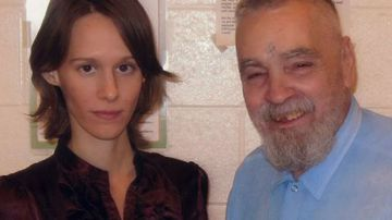 Charles Manson with his 25-year-old girlfriend, who he renamed Star, in happier times. (Supplied)