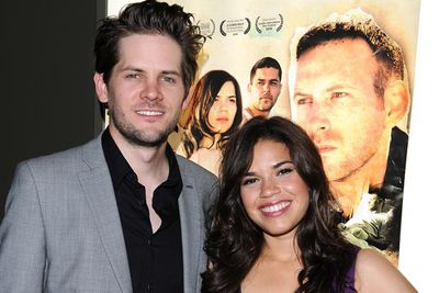 <i>Ugly Betty</i>'s America Ferrera and her long time sweetheart Ryan Piers Williams got engaged.