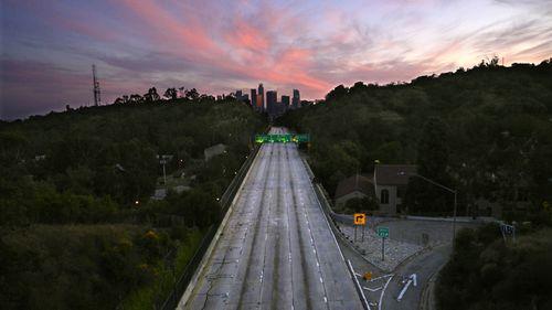 LA road