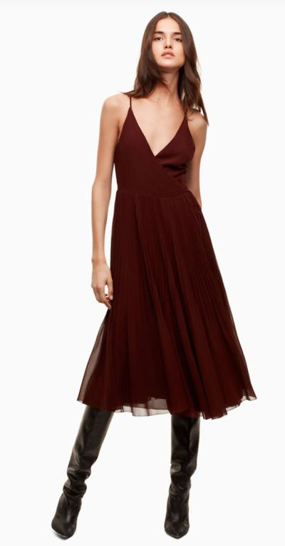 "<a href=""http://intl.aritzia.com/product/beaune-dress/61870.html?dwvar_61870_color=2346"" target=""_blank"">Wilfred Beaune Dress, US$185.</a>"