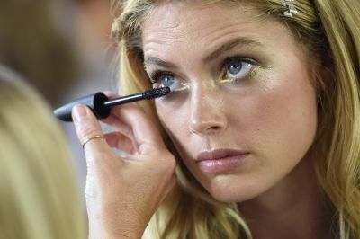 <p>Eyebrows were groomed to emphasizethe golden-green of the eyes.</p>