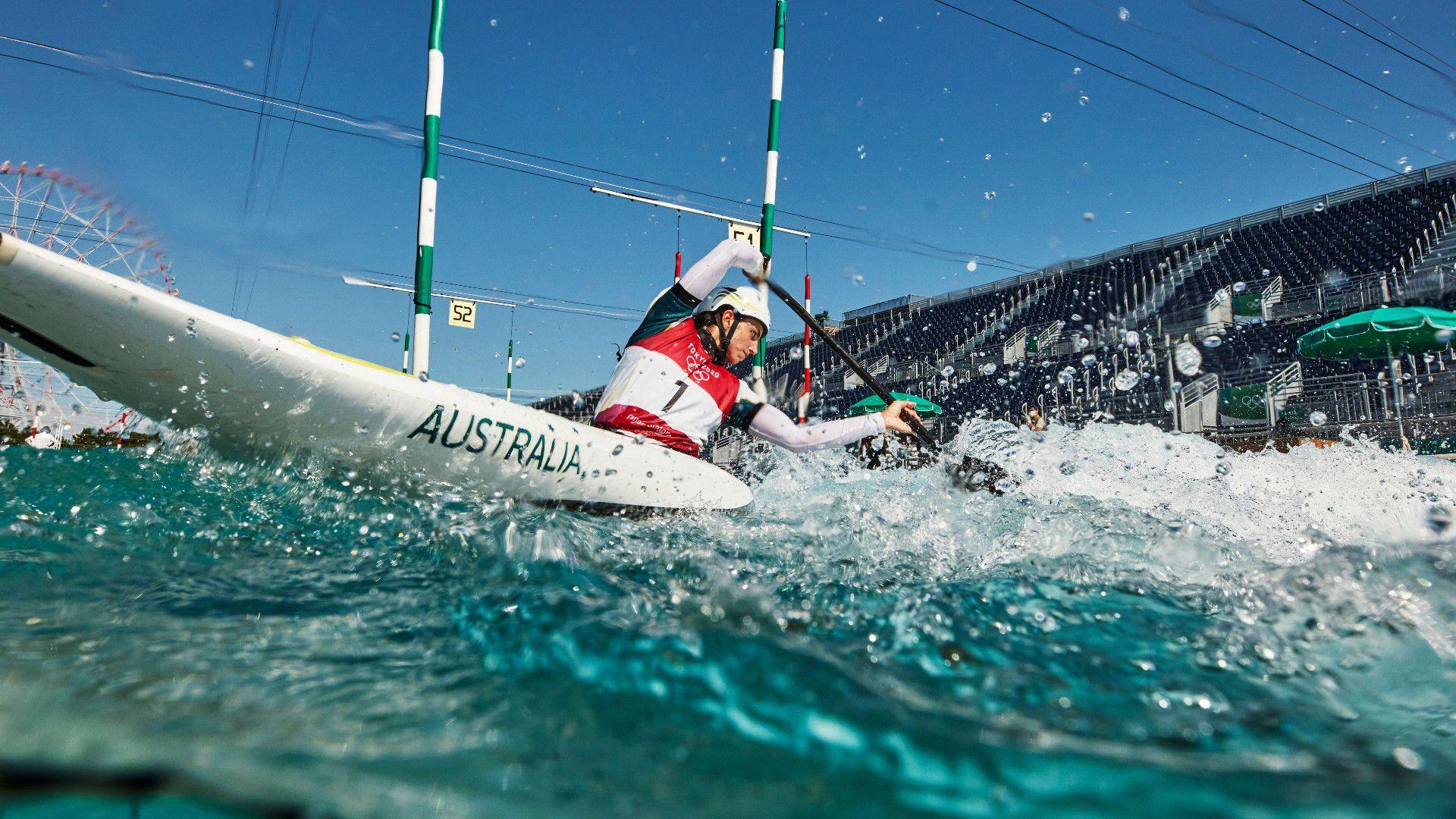 Australian kayaking star Jess Fox eases through in heats of women's slalom