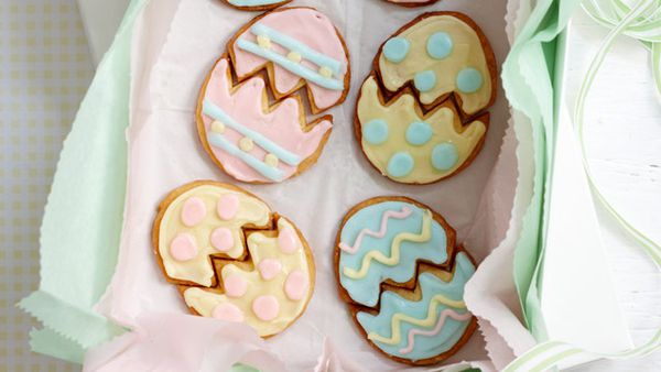 Easter puzzle biscuits