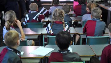 There are calls for mobile phones to be banned from SA classrooms as early as next year.