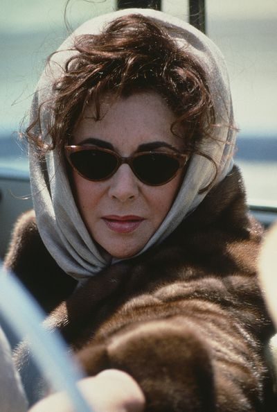 Nothing quite says movie star like this picture of Elizabeth Taylor.