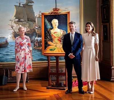 Mary and Frederik honour the Queen for her birthday, June 2020